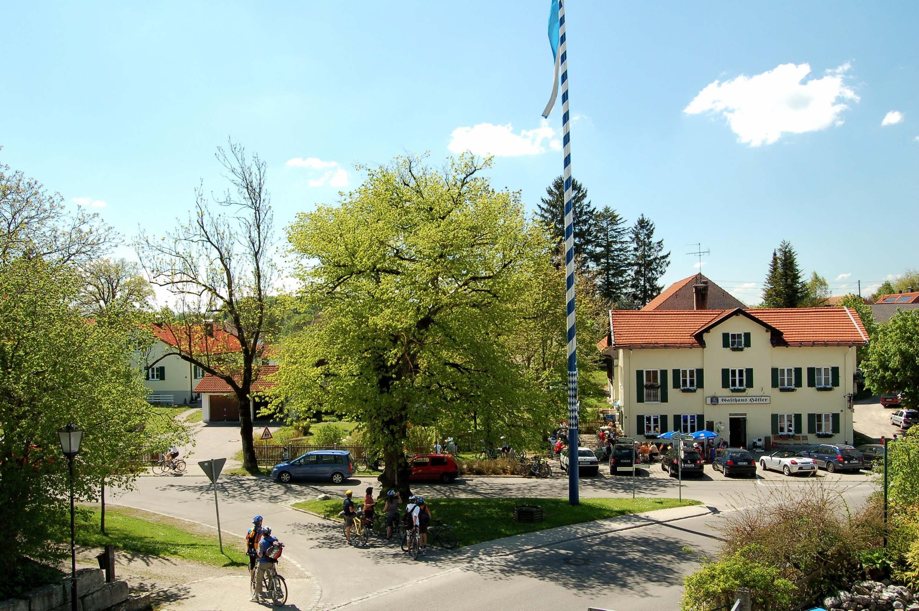 Unser Gasthaus bietet die ideale Einkehrmöglichkeit nach langen Radtouren und Wanderungen